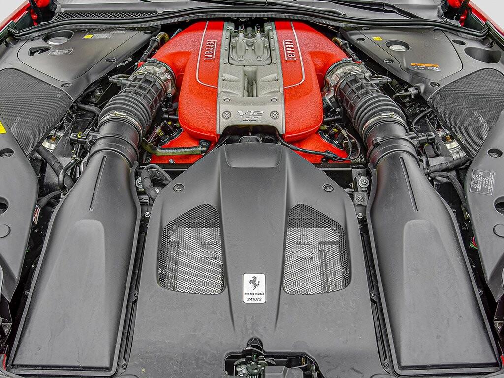 2019 Ferrari 812 Superfast image _6158044dc54d42.85753630.jpg