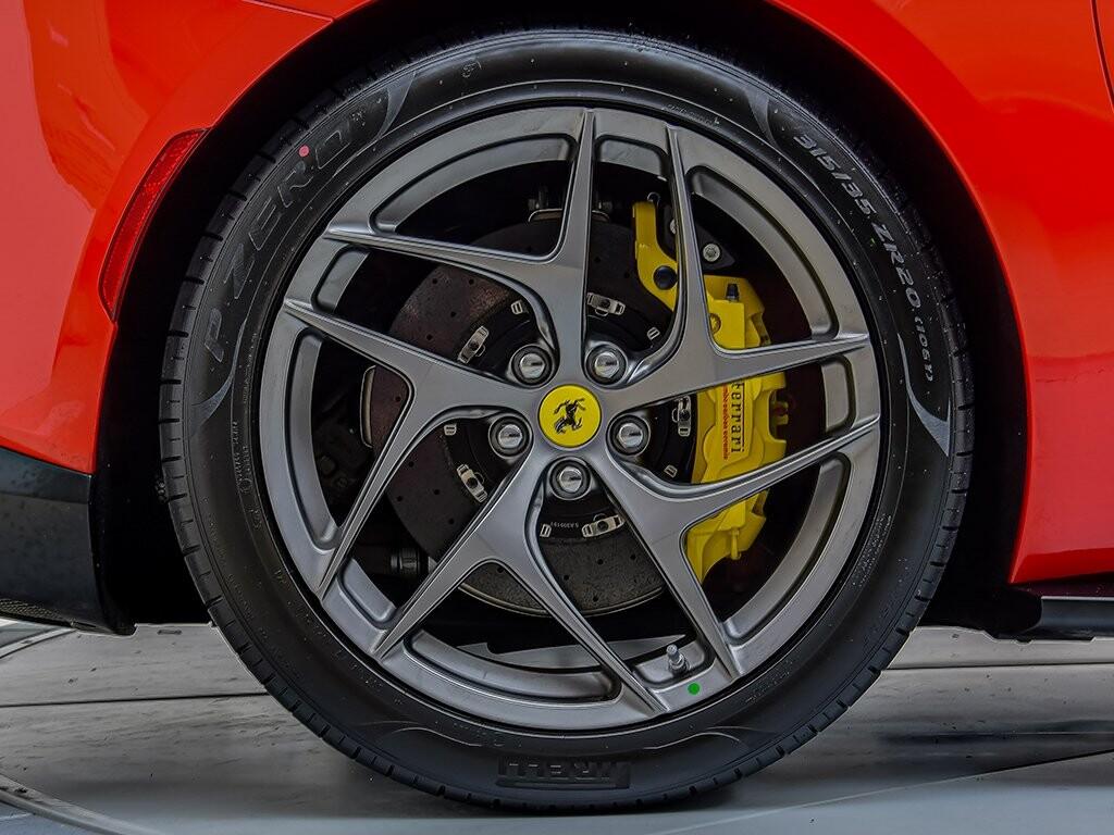 2019 Ferrari 812 Superfast image _6158044f0ce463.86676376.jpg