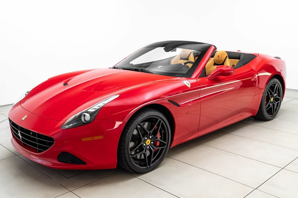 2018 Ferrari  California T image _61580457b8d410.21117466.jpg
