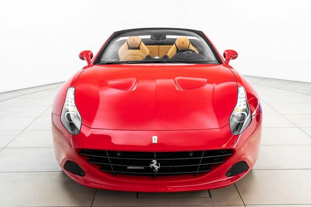 2018 Ferrari  California T image _6158045843bb84.70320529.jpg