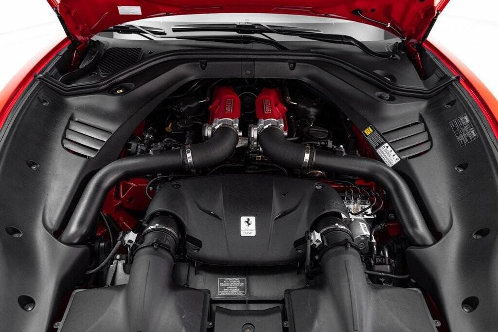 2018 Ferrari  California T image _6158045a76d326.43568996.jpg