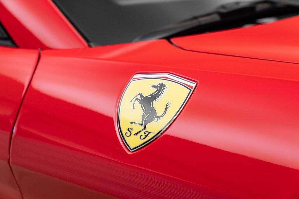 2018 Ferrari  California T image _6158045cedd189.00566964.jpg
