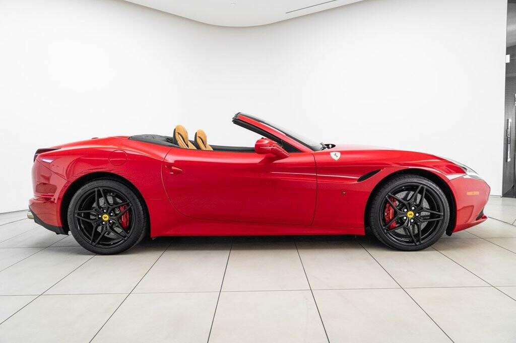 2018 Ferrari  California T image _6158045d71b4f4.03702022.jpg