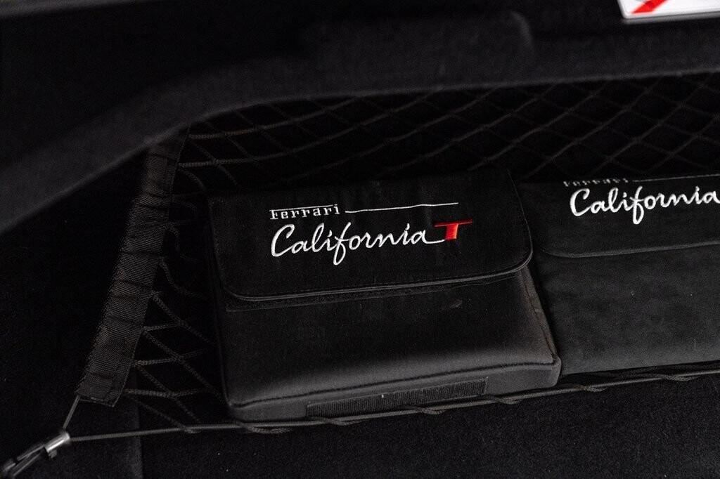 2018 Ferrari  California T image _61580462e09c85.75156998.jpg