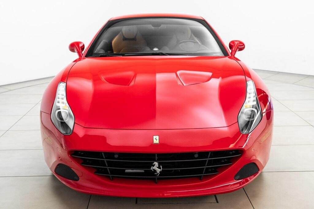 2018 Ferrari  California T image _615804654c4cb1.85143316.jpg