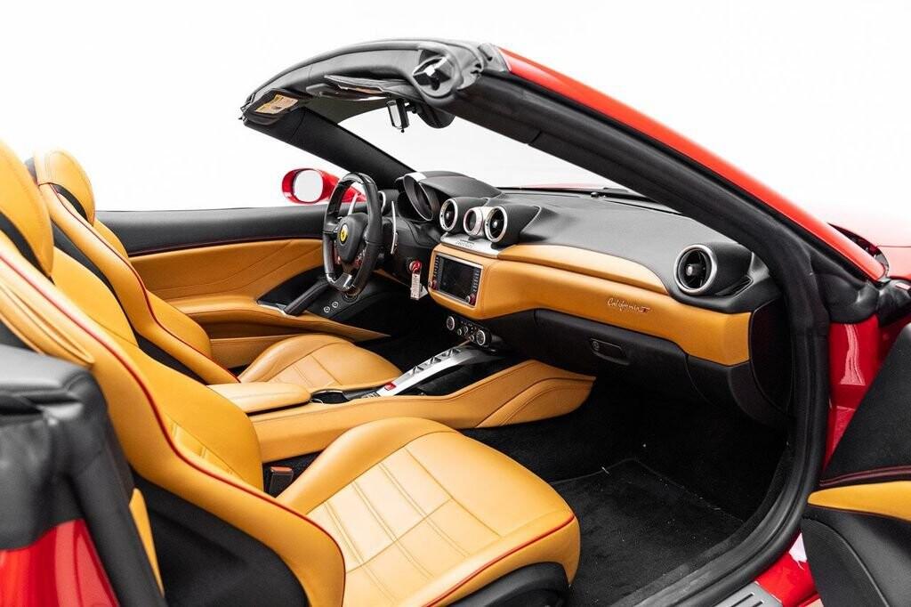 2018 Ferrari  California T image _6158046e3b9bd1.84715841.jpg
