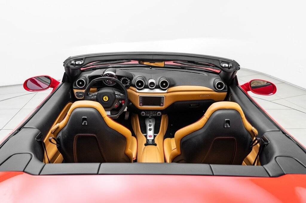 2018 Ferrari  California T image _615804715dd5f7.28535107.jpg