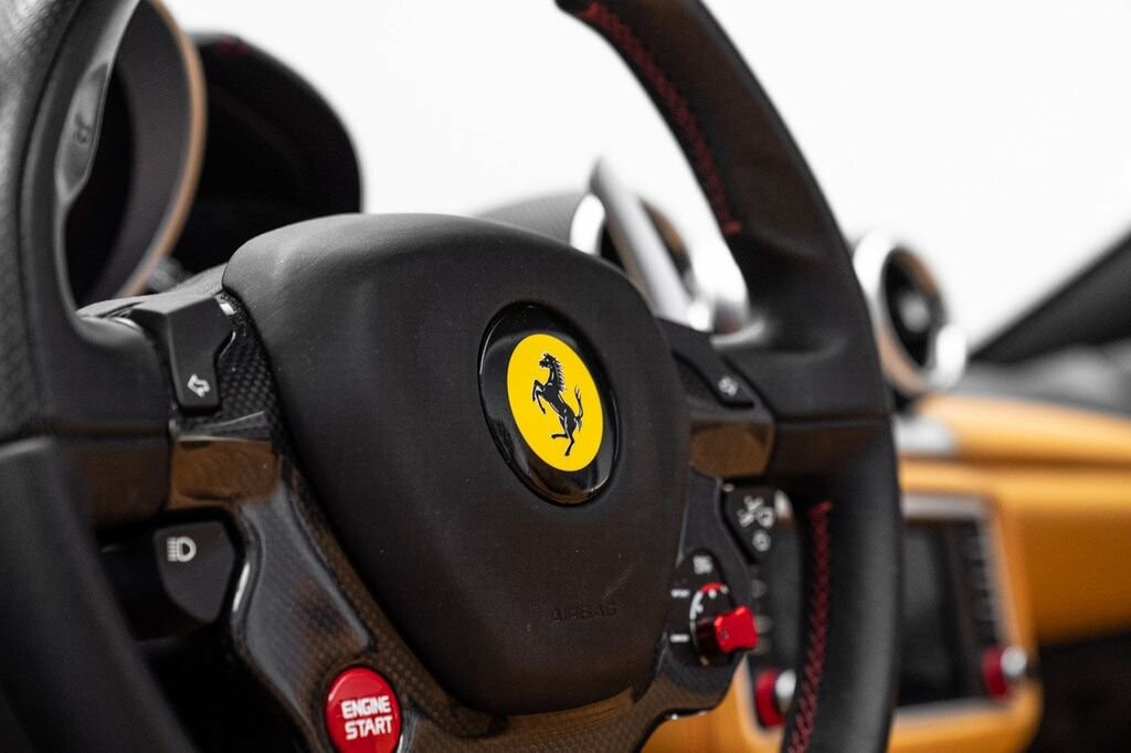 2018 Ferrari  California T image _61580472e2b2a2.98362800.jpg