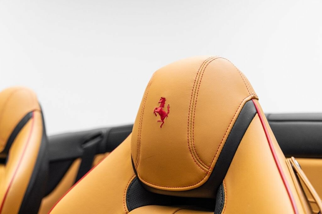 2018 Ferrari  California T image _6158047a888df5.84430976.jpg