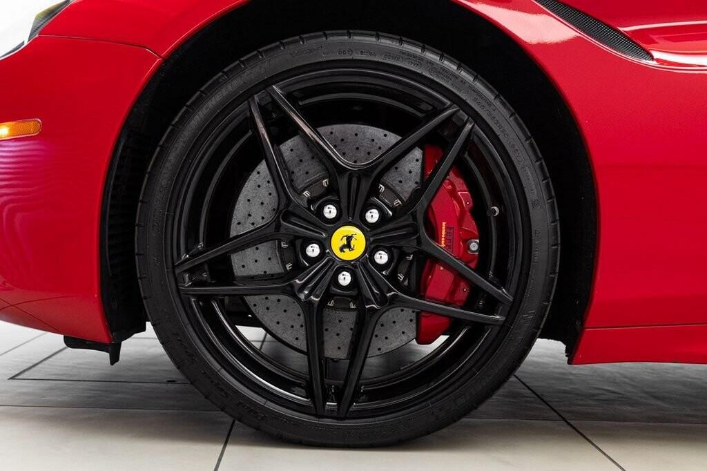 2018 Ferrari  California T image _6158047ba34027.43096656.jpg