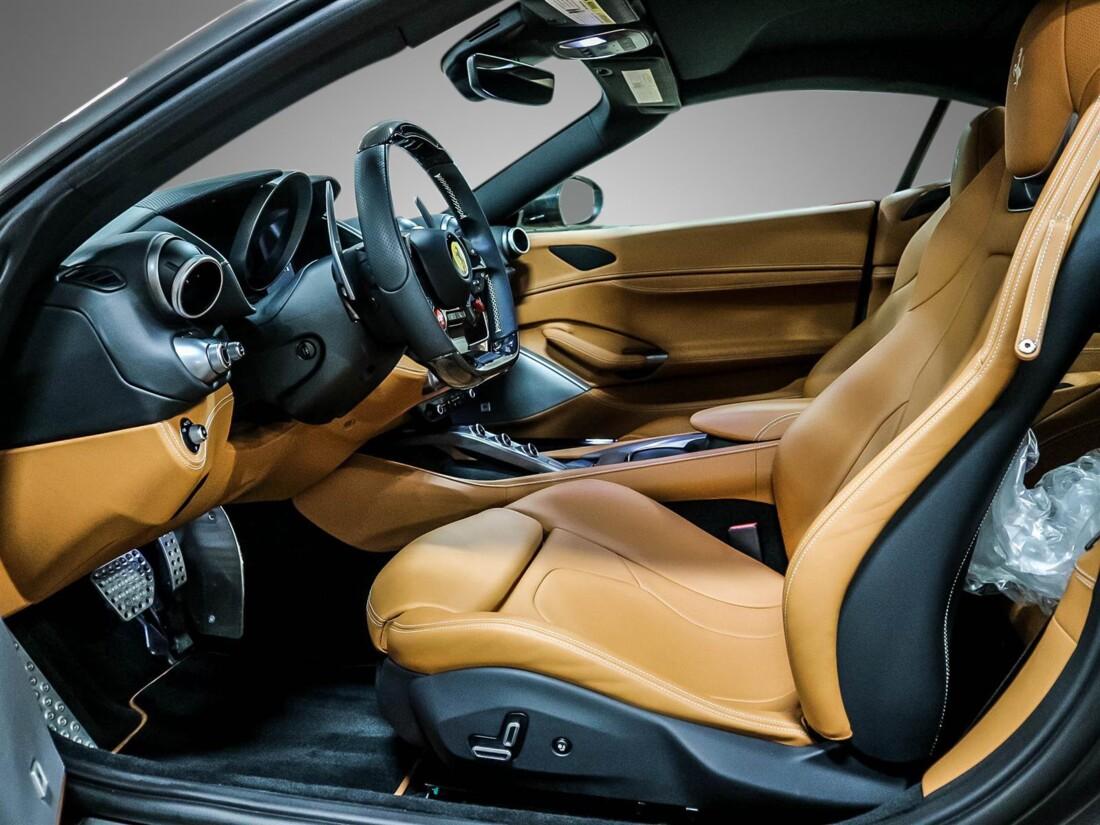 2020 Ferrari  Portofino image _615804852cbdd0.76114121.jpg