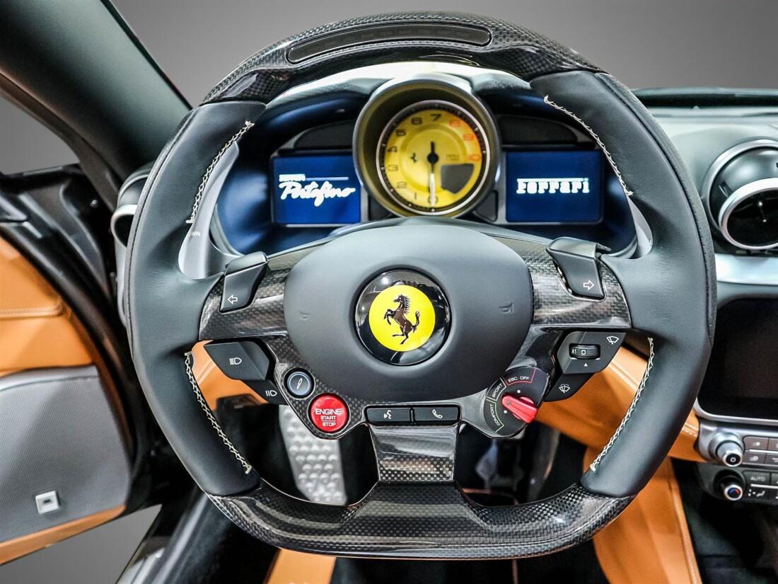 2020 Ferrari  Portofino image _61580487ae5090.47523520.jpg
