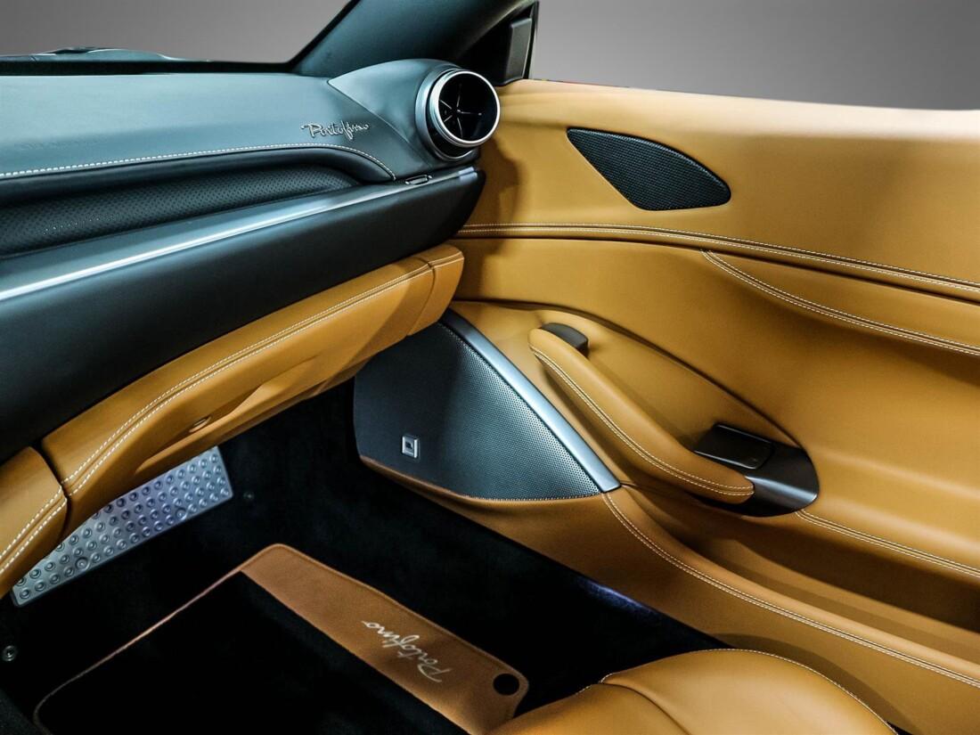 2020 Ferrari  Portofino image _61580488ee3749.51205126.jpg