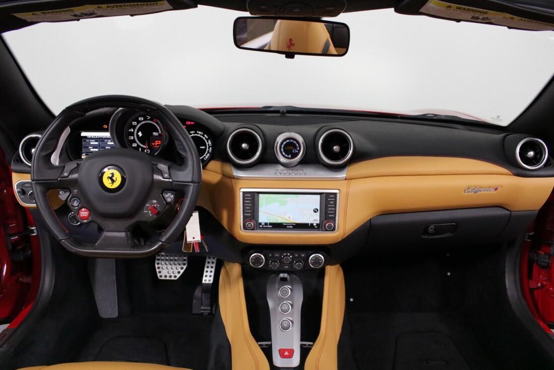 2017 Ferrari  California T image _615804a55a1d05.36273914.jpg