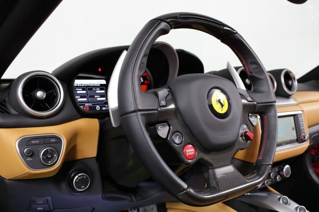 2017 Ferrari  California T image _615804c2bd31a5.26748054.jpg