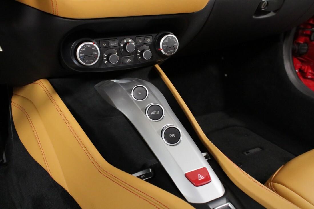 2017 Ferrari  California T image _615804cd682596.47406012.jpg