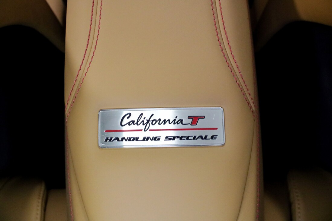2017 Ferrari  California T image _6158050f72e662.98323752.jpg
