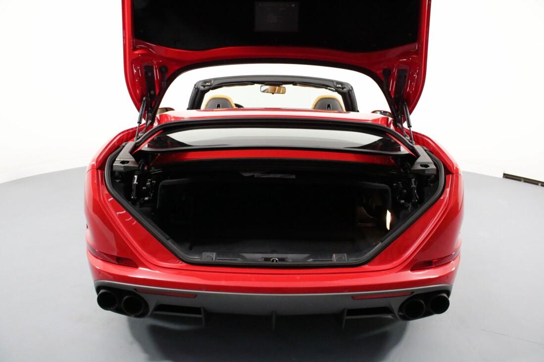 2017 Ferrari  California T image _61580517623882.43736689.jpg