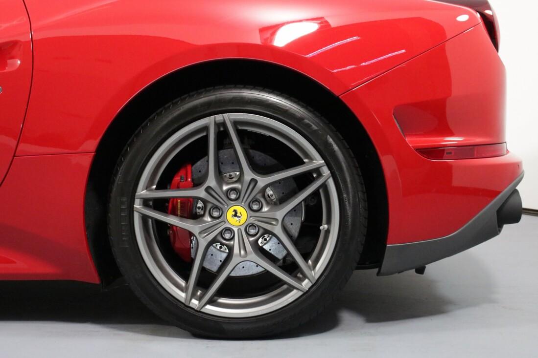 2017 Ferrari  California T image _615805448c52f3.67155710.jpg
