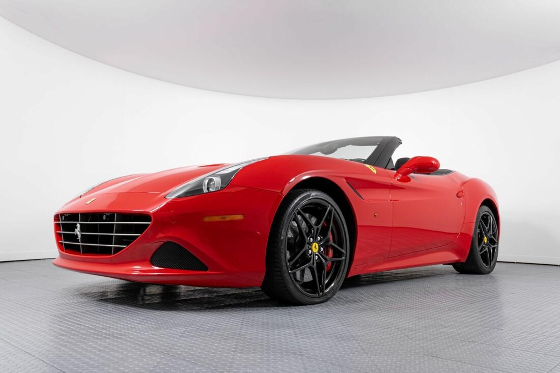 2017 Ferrari  California T image _61595500a75329.26433657.jpg