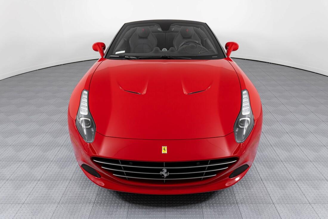 2017 Ferrari  California T image _61595508b8d100.64440368.jpg