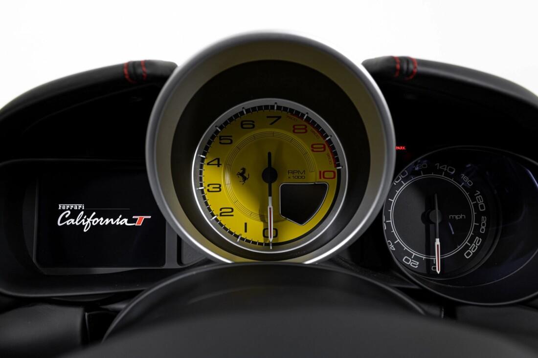2017 Ferrari  California T image _615955153f06e3.42322516.jpg