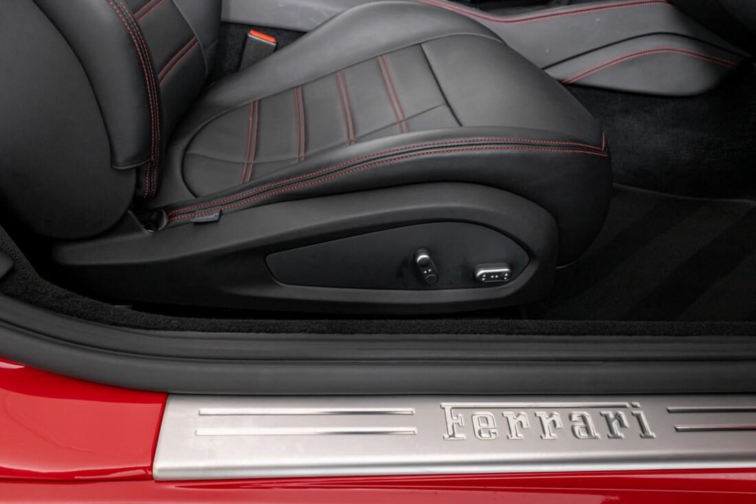 2017 Ferrari  California T image _6159551e8ba413.89066264.jpg