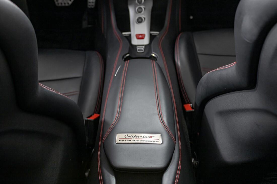 2017 Ferrari  California T image _6159552bc7f925.40354690.jpg