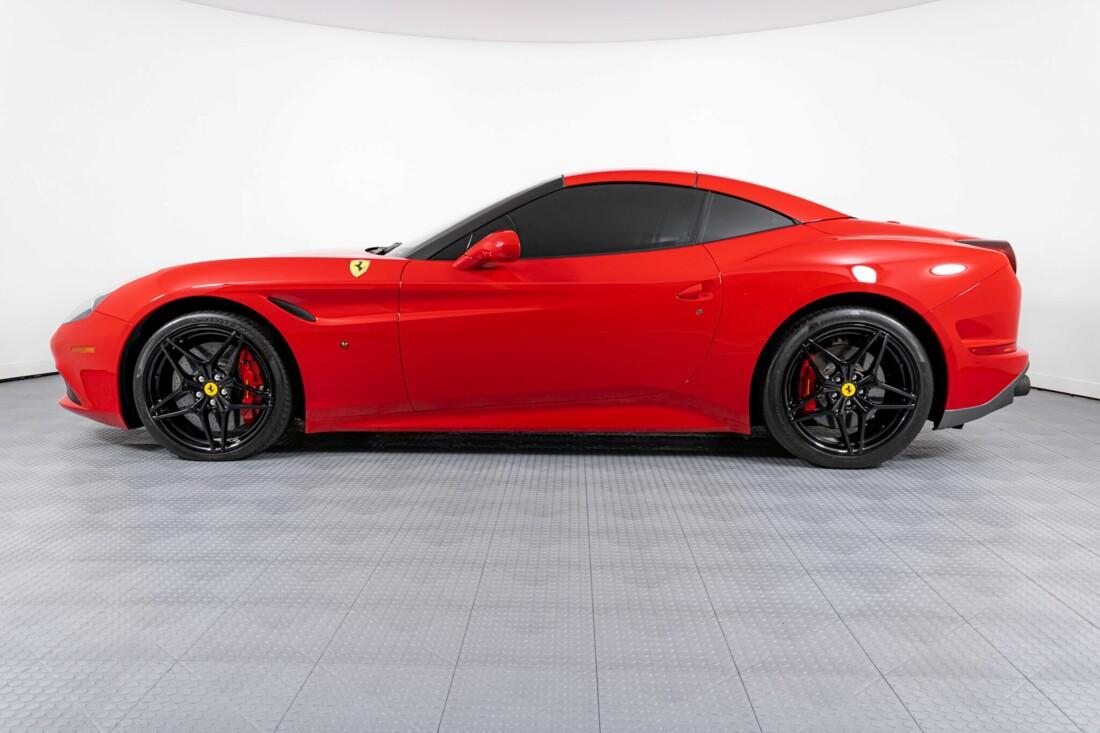 2017 Ferrari  California T image _615955347814d7.32053615.jpg