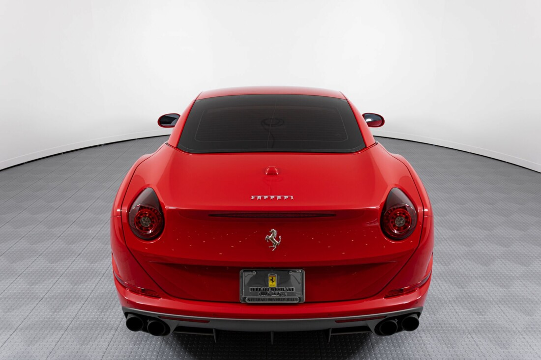 2017 Ferrari  California T image _615955538f9553.31926414.jpg