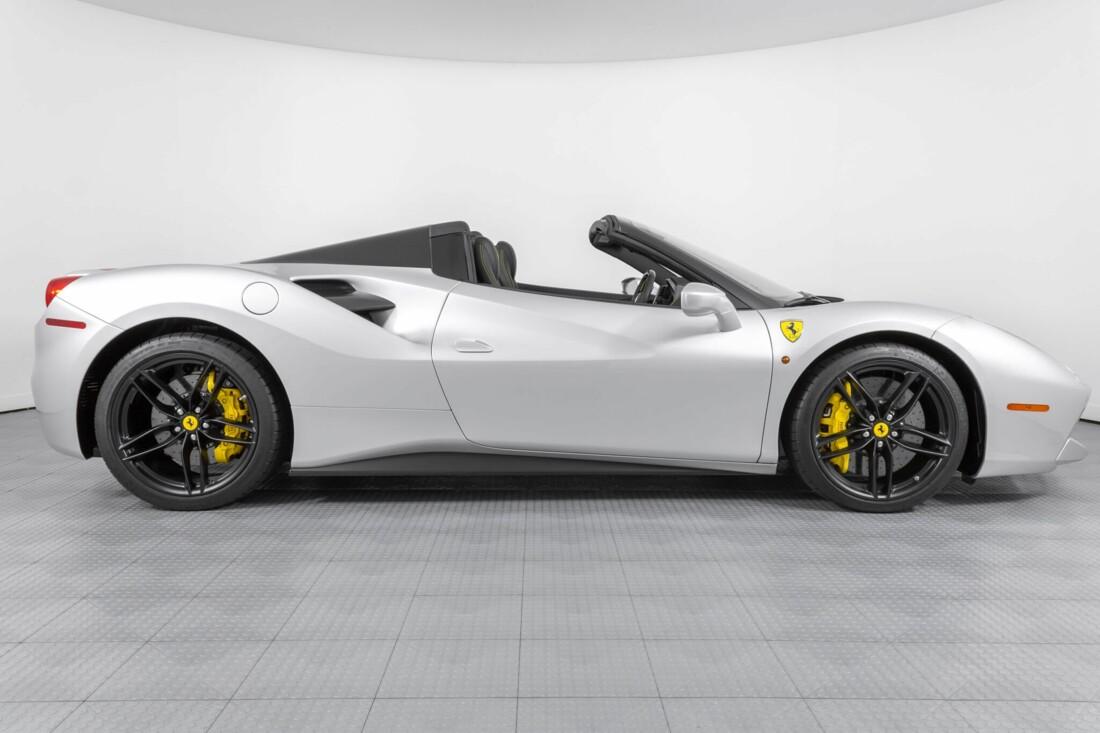 2018 Ferrari 488 Spider image _6159556c930744.03914115.jpg