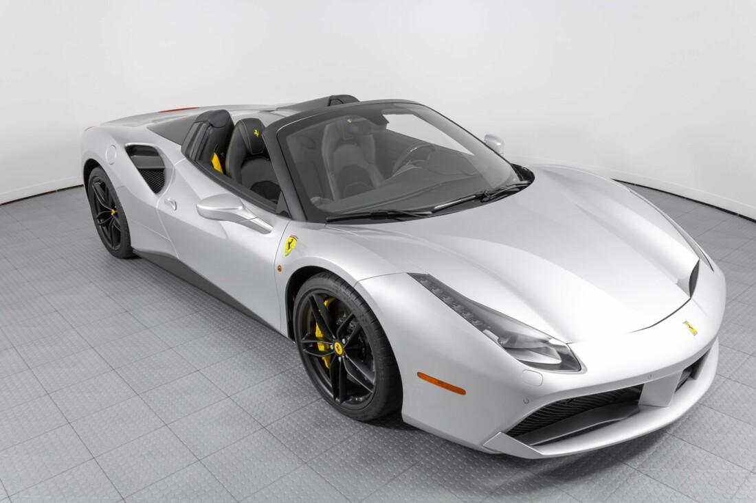 2018 Ferrari 488 Spider image _6159557f047333.00109613.jpg