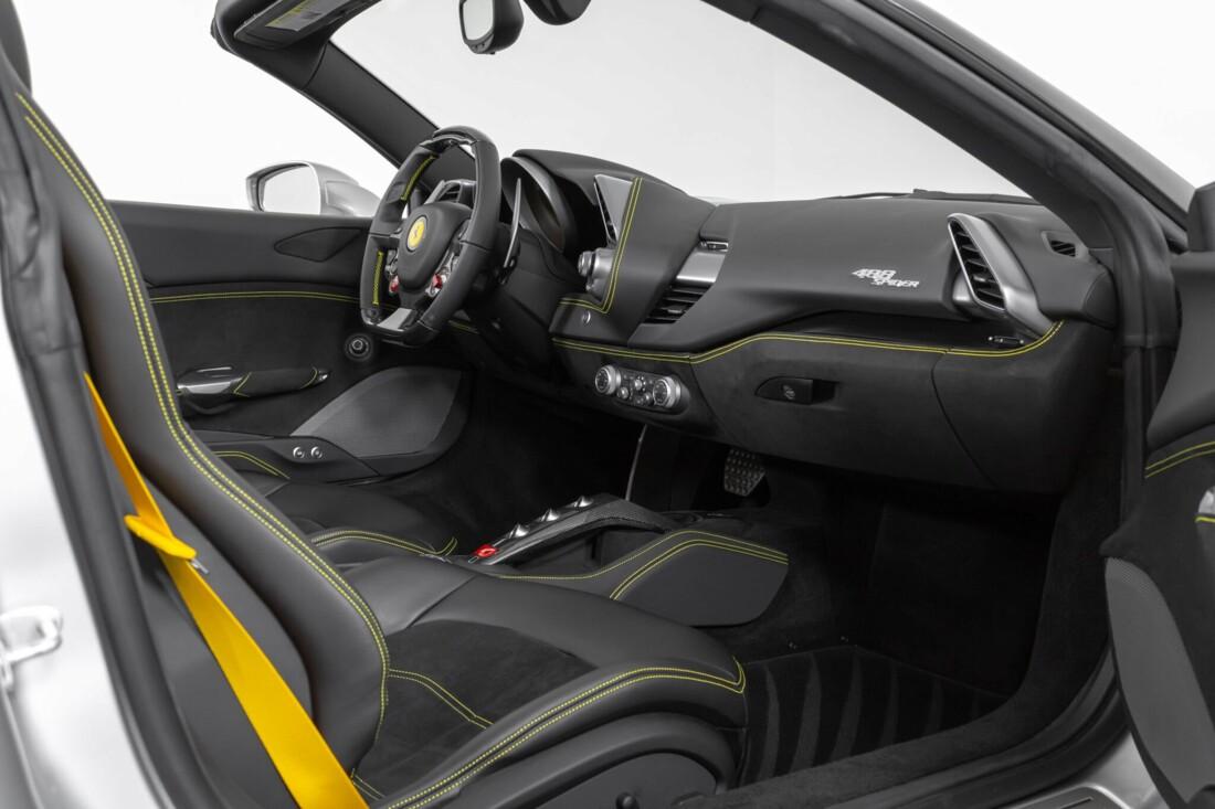 2018 Ferrari 488 Spider image _615955b1b40da8.95940616.jpg