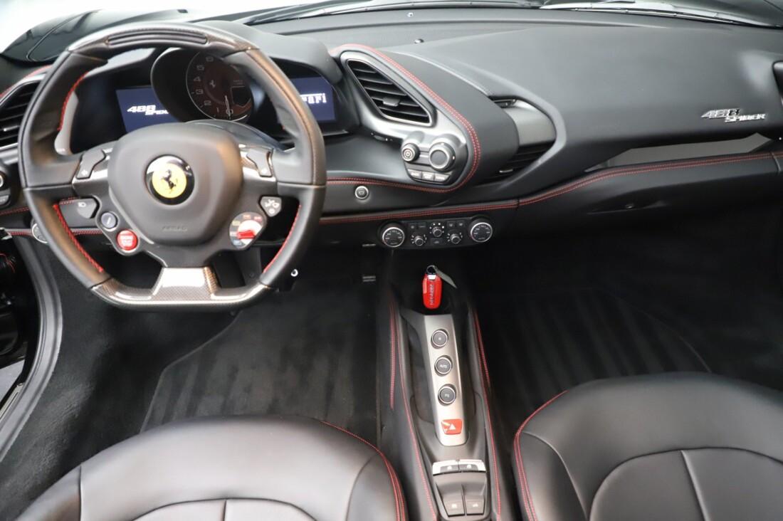 2018 Ferrari 488 Spider image _615956cab4b546.10351370.jpg
