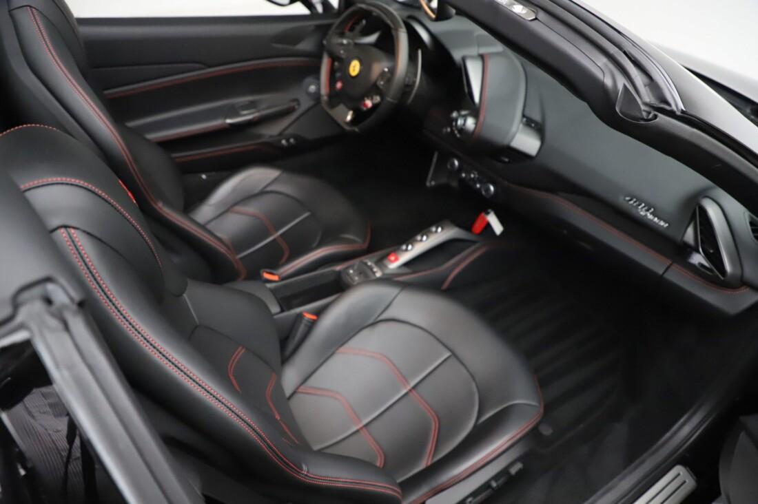 2018 Ferrari 488 Spider image _615956cb939d94.63173666.jpg