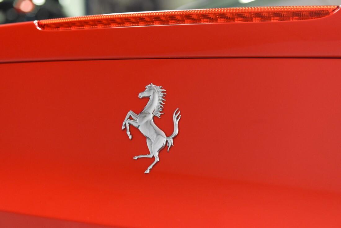 2013 Ferrari  458 Italia image _615956d81c0578.09985857.jpg