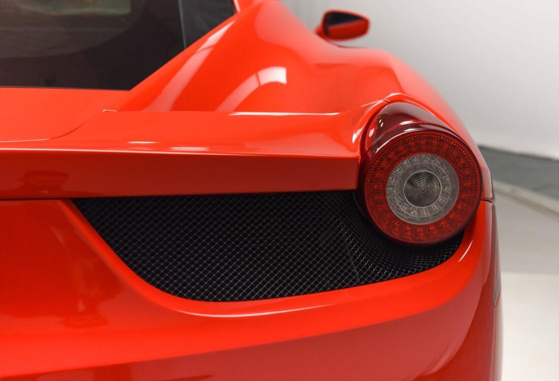 2013 Ferrari  458 Italia image _615956da22a1a0.02563882.jpg