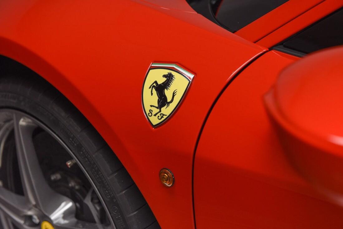 2013 Ferrari  458 Italia image _615956ddac32e3.36451841.jpg