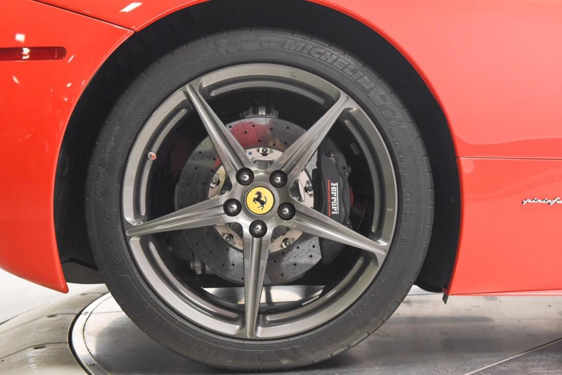 2013 Ferrari  458 Italia image _615956e1aa4504.44540247.jpg