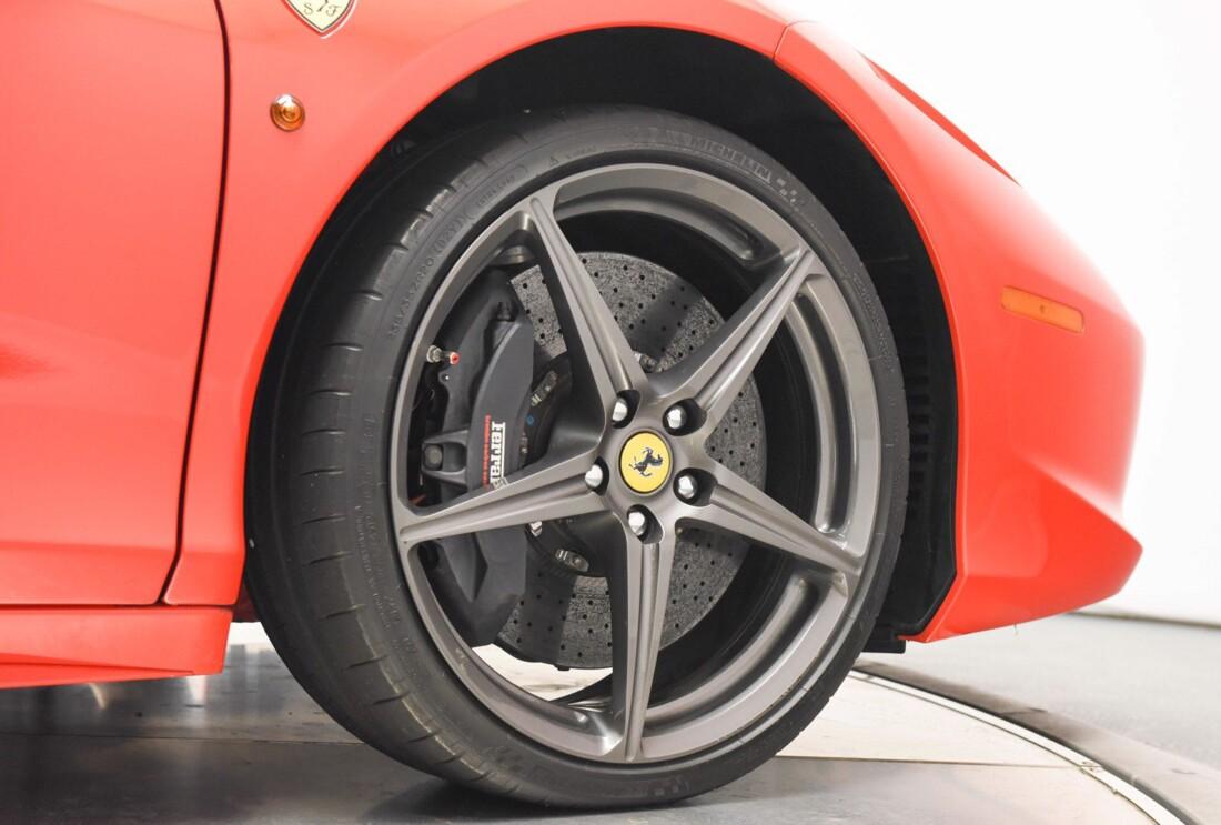 2013 Ferrari  458 Italia image _615956e2749222.10430669.jpg