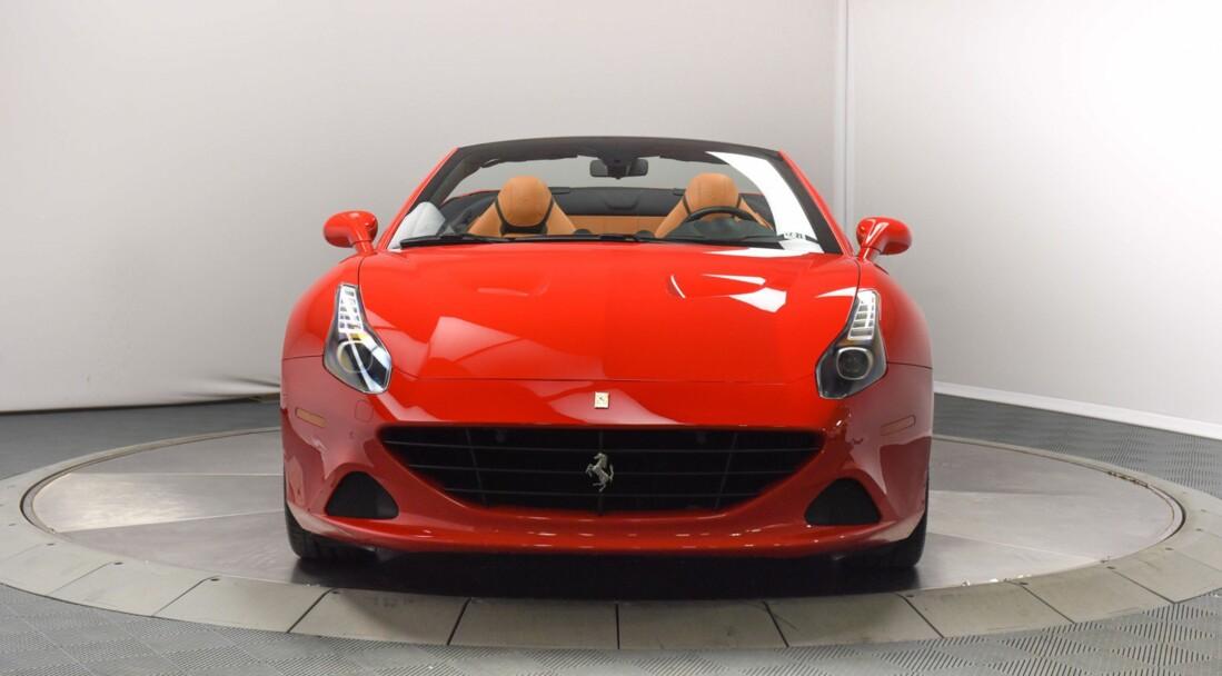 2017 Ferrari  California T image _6159570d334872.55552288.jpg