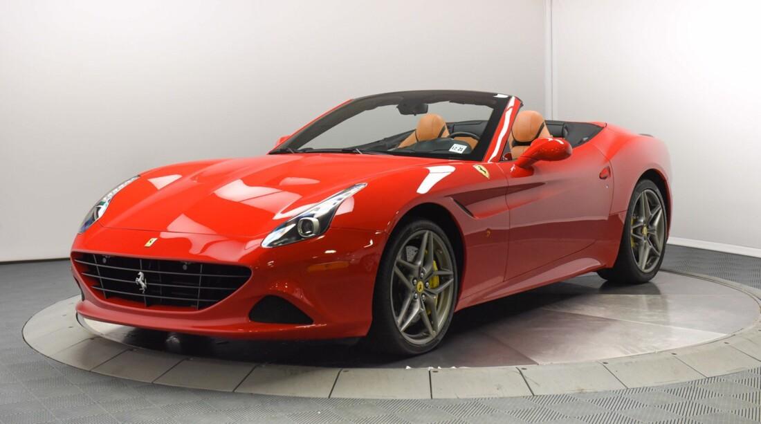 2017 Ferrari  California T image _6159570dcd86b9.72947256.jpg