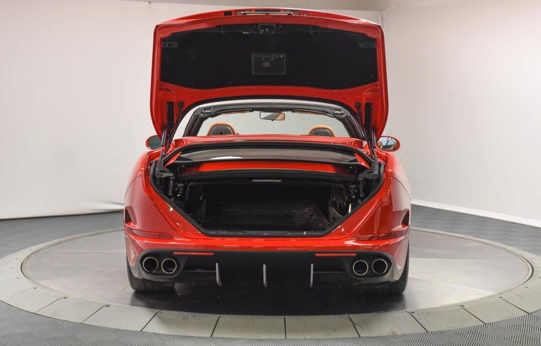 2017 Ferrari  California T image _61595710caef14.37886708.jpg