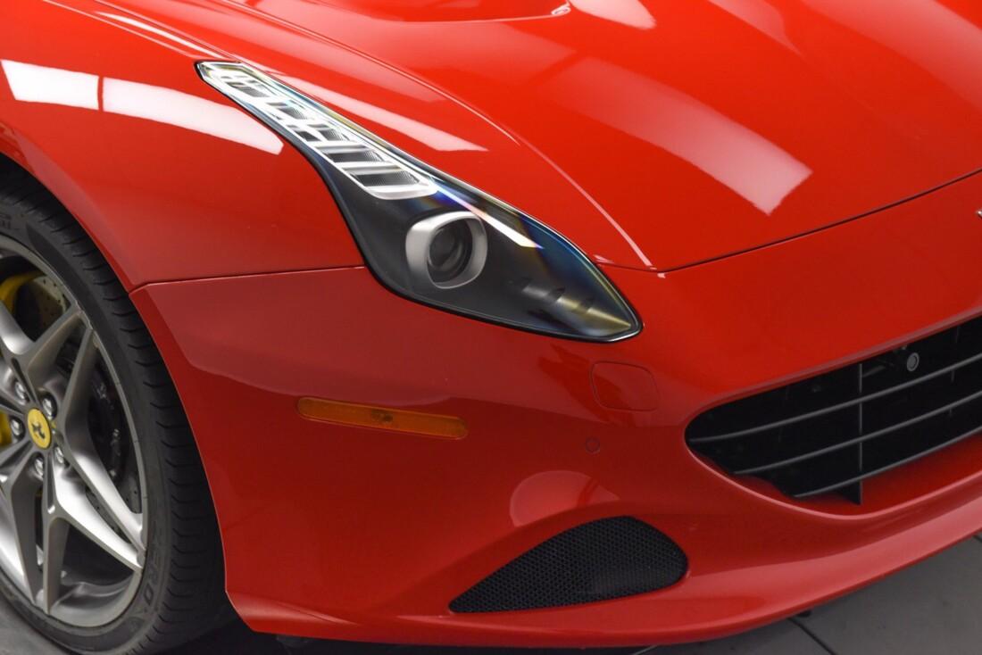 2017 Ferrari  California T image _615957183c6411.19360171.jpg