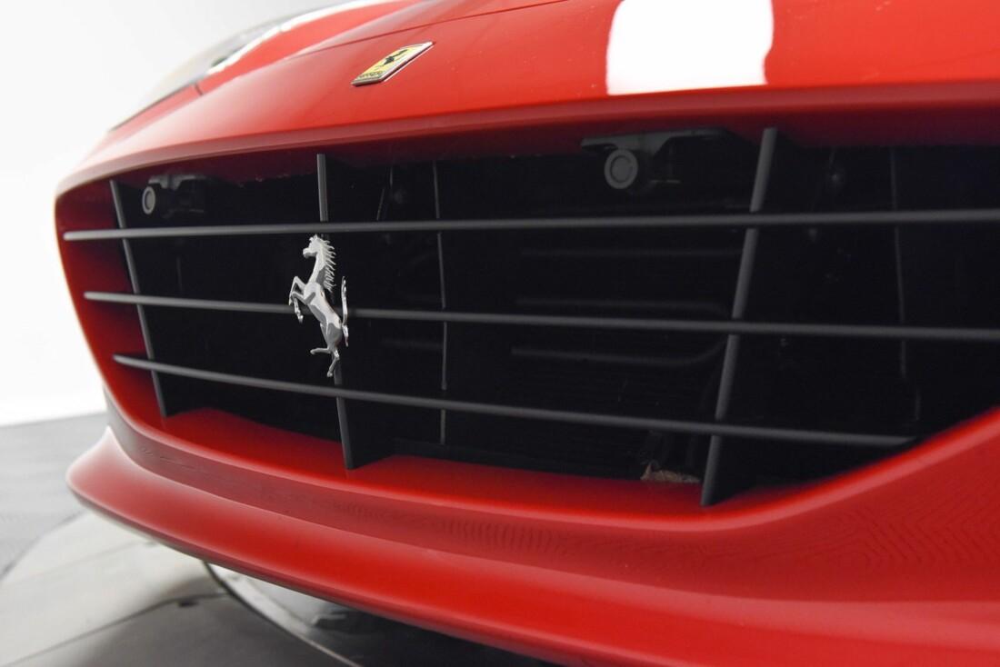 2017 Ferrari  California T image _61595719a721f5.50776505.jpg