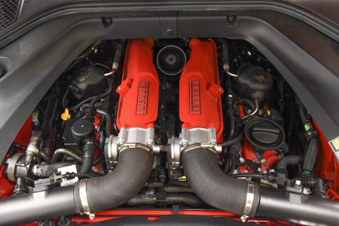 2017 Ferrari  California T image _6159571cb85c78.06120732.jpg