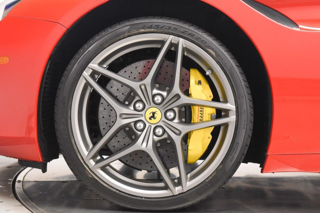 2017 Ferrari  California T image _6159571d9a7d78.48677452.jpg