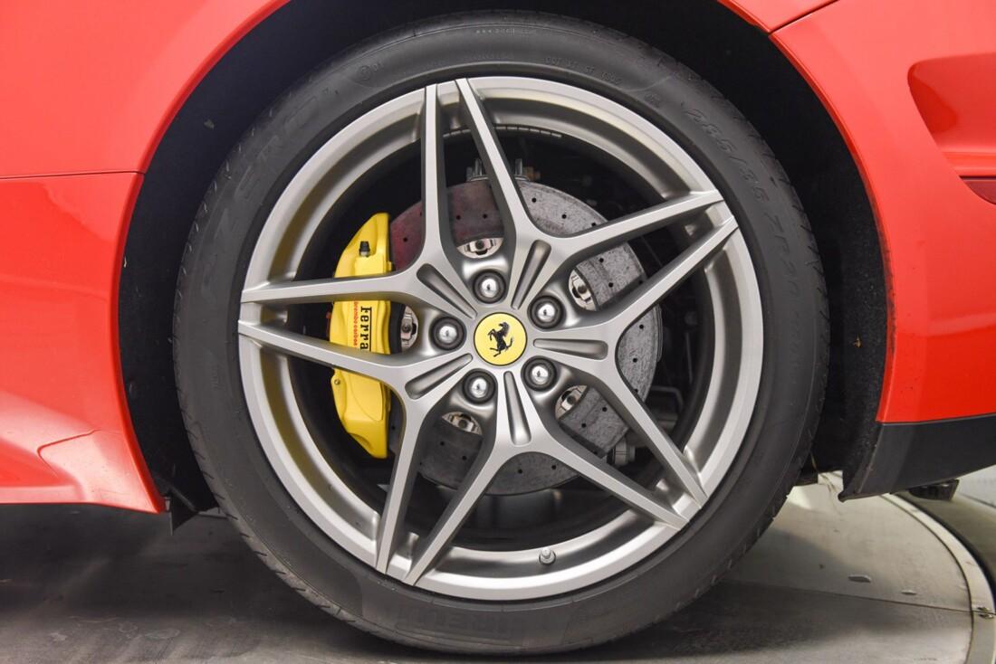 2017 Ferrari  California T image _6159571e6806f0.27707093.jpg