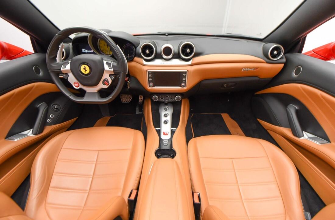 2017 Ferrari  California T image _61595723e2e844.34916570.jpg