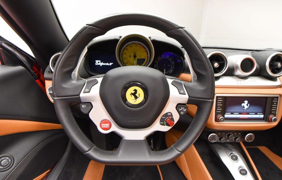 2017 Ferrari  California T image _61595725643c51.42893531.jpg